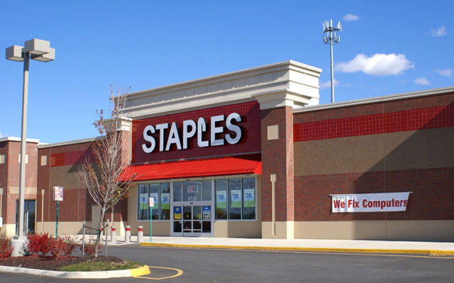 Staples Hours of operation