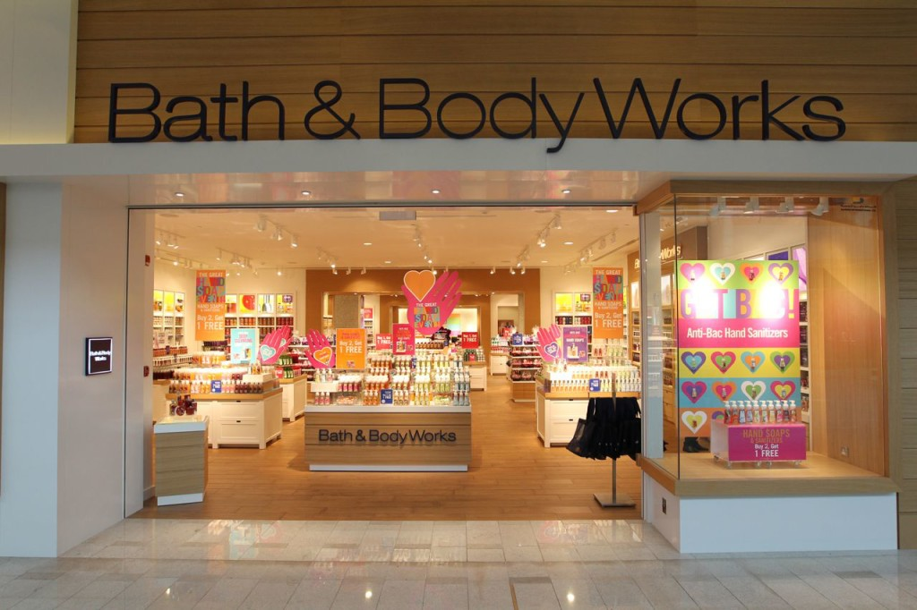 Bath and body works hours what time does bath and body for V bathroom opening hours